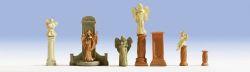Grabmäler und Statuen